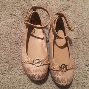 Michael Kors girls Dress shoes size 11c.